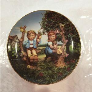 Hummel decorative plate